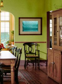 зелено-коричневый декор квартиры
