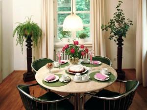 Комнатные цветы в интерьере, комнатные растения