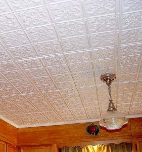 Монтаж клеевых потолков