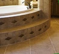 покрытие пола ванной из камня