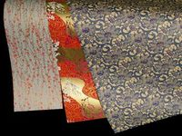 отделка потолка текстильными обоями