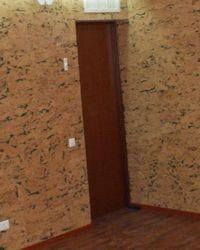 отделка стен пробковыми обоями