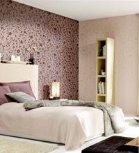 дизайн спальни обоями