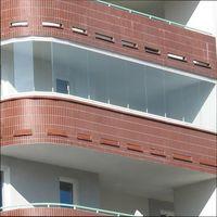 раздвижное безрамное остекление балконов