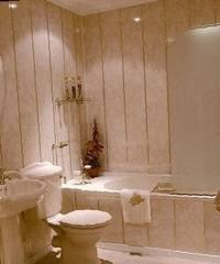 Как выбрать ПВХ-панели для отделки ванной комнаты